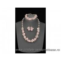 Set bijuterii din cristale si pietre semipretioase